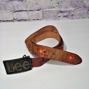"Vintage Floral Leather Belt with ""LEE"" buc…"